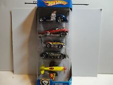 Hot Wheels Wastelanders 5 Car Gift Pack w/Yellow Mad Propz Airplane