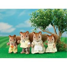 *NEW* SYLVANIAN FAMILIES 4172 Walnut Squirrel Family Set - set of 4 - Adults 8cm