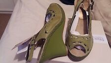 NEW HUSH PUPPIES GREEN LEATHER SANDALS SHOES WEDGE  HEELS  SIZE 7