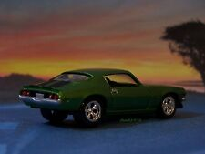 1971 71 CHEVY CAMARO Z/28 DIECAST MODEL COLLECTIBLE 1/64 SCALE - DIORAMA