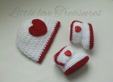 NEW Newborn Baby Heart Hat and Booties Crochet Valentines Photo Prop gift