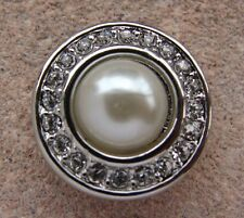 GINGER SNAPS™  WHITE MISS PEARL- Jewelry - BUY 4, GET 5TH $6.95 SNAP FREE