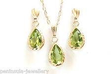 9ct Gold Peridot Teardrop Pendant and Earring set Boxed Made In UK