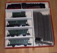Alte DDR Piko Elektro-Eisenbahn Set mit orginal Karton,Waggons und Schienen