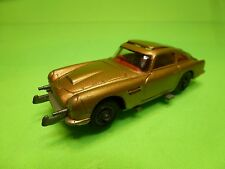 CORGI TOYS ASTON MARTIN DB 5 - 007 JAMES BOND GOLD FINGER - RARE 1:43 - GC