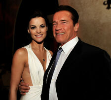 Jaimie Alexander and Arnold Schwarzenegger UNSIGNED photo - E173