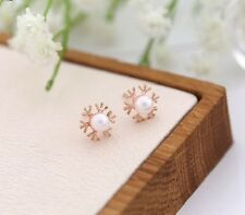 ROSE GOLD PLATED PEARL SNOWFLAKE STUD EARRINGS