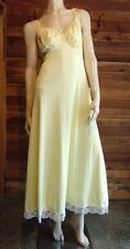 VINTAGE OLGA YELLOW SIZE 34 SWEEP NIGHTGOWN 9659