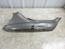 10 Piaggio MP3 400 Scooter Vespa right side cover panel