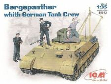 ICM 35342 German Bergepanther with German Tank Crew1/35 Scale ICM35342