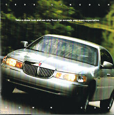 Big 1999 LINCOLN TOWN CAR Brochure / Catalog with Color Chart
