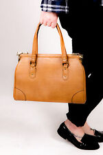 Grand 60s vintage tan en cuir synthétique sac par jaclyn usa