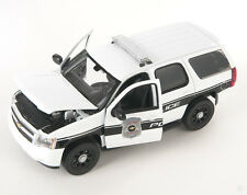 BLITZ VERSAND Chevrolet Chevy Tahoe Police 2008 weiss Welly Modell Auto 1:24 NEU