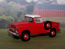 1959 59 GMC 4x4 STEPSIDE PICKUP TRUCK - FARM COLLECTIBLE MODEL DIORAMA 1/64
