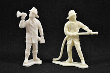 """2 Lot 2""""&1/2 Tall VTG Firemen Plastic Figures Fire Fighter With Hose & Call Horn"""