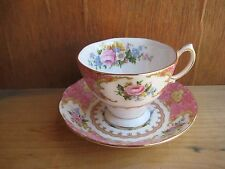 Vintage 1944 *** ROYAL ALBERT*** Bone China Tea Cup & Saucer Set ENGLAND