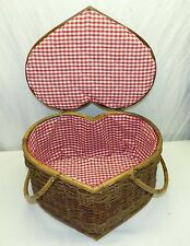 Lg Vintage Heart Shaped Bamboo Rattan Picnic Basket w/ Cloth Interior Valentines
