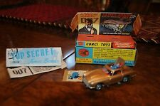 Vintage Corgi Aston Martin / James Bond Agent 007 / 3