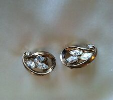 Crown Trifari Horizontal Curled Tear Gold Tone & Rhinestone Vtg Clip Earrings