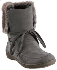 Western Chief MIA Charcoal Gray Faux Fur Trim Boots Size 8 Run Big Fits 8.5
