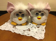 VTG FURBY Slippers Youth Size 11 EUC Eyes open & close