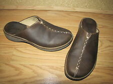 Clarks Brown Flat Clogs - Women's 8M Int. 38.5  EUC