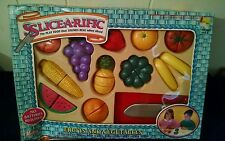 1993 Redbox SLICE-A-RIFIC Fruits and Vegetables 25 piece Play Food New In Box