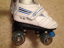 GIRLS WHITE SKATES SHOES BY CHICAGO SIZE 3