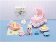 CALICO CRITTERS #CC2537 Sophie's Love n' Care Play Set - New Factory Sealed - S