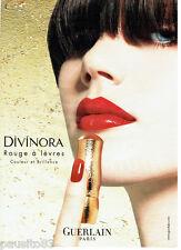 PUBLICITE ADVERTISING 066  2002  Guerlain maquillage rouge à lèvres Divinora