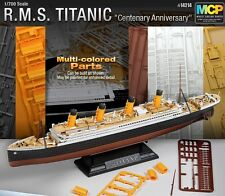 ACADEMY 14214 1/700 R.M.S.TITANIC Multi Colored Parts MODEL KIT NEW