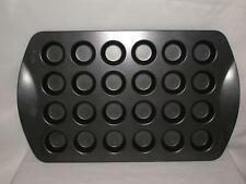 WILTON 24 MINI MUFFIN/CUPCAKE PAN NON STICK HEAVY DUTY EXCELLENT