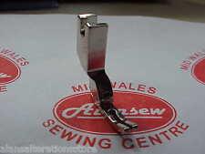 Máquina De Coser Industrial estrecho la inserción de coser pie de mosca