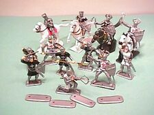 Plastic Medieval Crusaders Plastic Knights Set No. 1068 NEW!