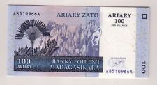 Madagascar 100 Ariary 2004  FDS UNC pick 86a  lotto 2637