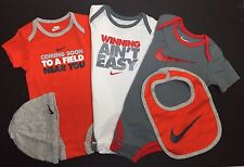 Air Nike Baby BOYS 5-piece GIFT set Bodysuit, Cap, and Bib Multicolor 9-12 M