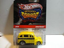 Hot Wheels Larry's Garage Yellow School Busted  w/Real Riders
