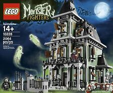 10228 Lego Monster Fighters Haunted House (Brand New!) FREE Islandwide Delivery