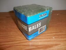 ERTL 1/16 24 PACK OF SQUARE HAY BALES FOR BALER AND WAGON