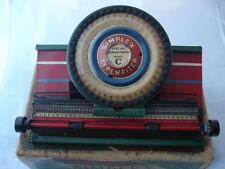 Máquina de escribir de juguete Simplex. Modelo C. Metal. Caja cartón. 1º XX. USA