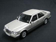 AutoArt Mercedes-Benz E-Class Limousine 1995 (E-320) 1:18 Grey (JS)