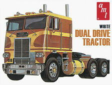 AMT White Freightliner Cabover Tractor 1/25 plastic truck model kit new 620