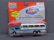HO GMC PD-4501( Blank ) Scenicrusier Greyhound Bus - Classic Metal Works #33105
