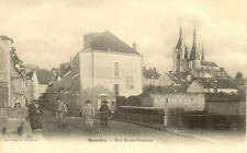 DOURDAN rue basse-foulerie