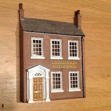 BACHMANN SCENECRAFT LOW RELIEF  ACCOUNTANTS   NEW, BOXED