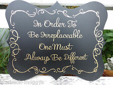 VINTAGE DESIGN OPULENT SIGN PLAQUE IN ORDER TO BE IRREPLACEABLE...BLACK AND GOLD