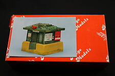 YY068 BELGO MODELS 1/35 resine R.014 US Military Police Command Control Post