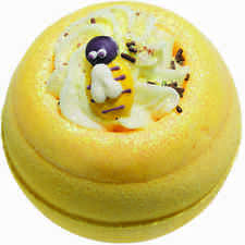 Bomb Cosmetics Bath Blaster - Honey Bee Mine Scented bath bomb
