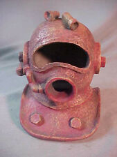 FISH TANK ORNAMENT LARGE DIVERS HELMET