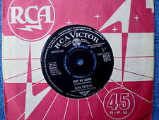 "ELVIS PRESLEY-""UK""-KISS ME QUICK/SOMETHING BLUE-45 RPM 7"""